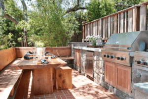 Urrutia Design outdoor kitchen